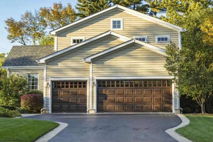 noel-garage-doors-in-riverside